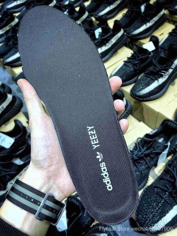 """ST过验版‼️全网唯一 Yeezy 350V2 """"Black/White""""黑白 BY1604 全鞋材料均支持验证,原底面巴斯夫 如假包退,可理解为拼装货,首批无需拼图可大几率过验‼️这批货主供微博平台高端卖家操作"""