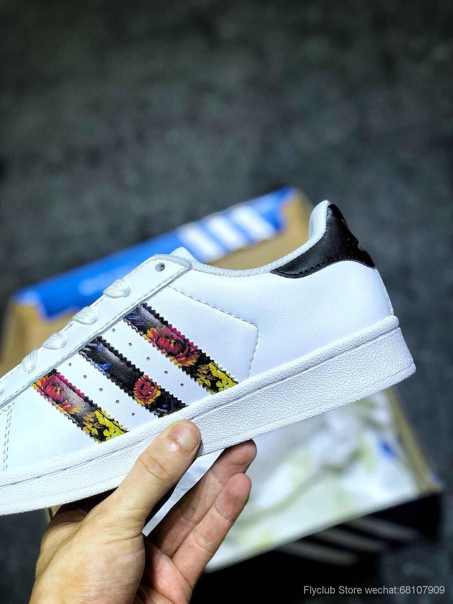 "Originals SUPERSTAR W贝壳头经典百搭休闲运动小白板鞋""皮革白彩花卉""货号:EF1480"