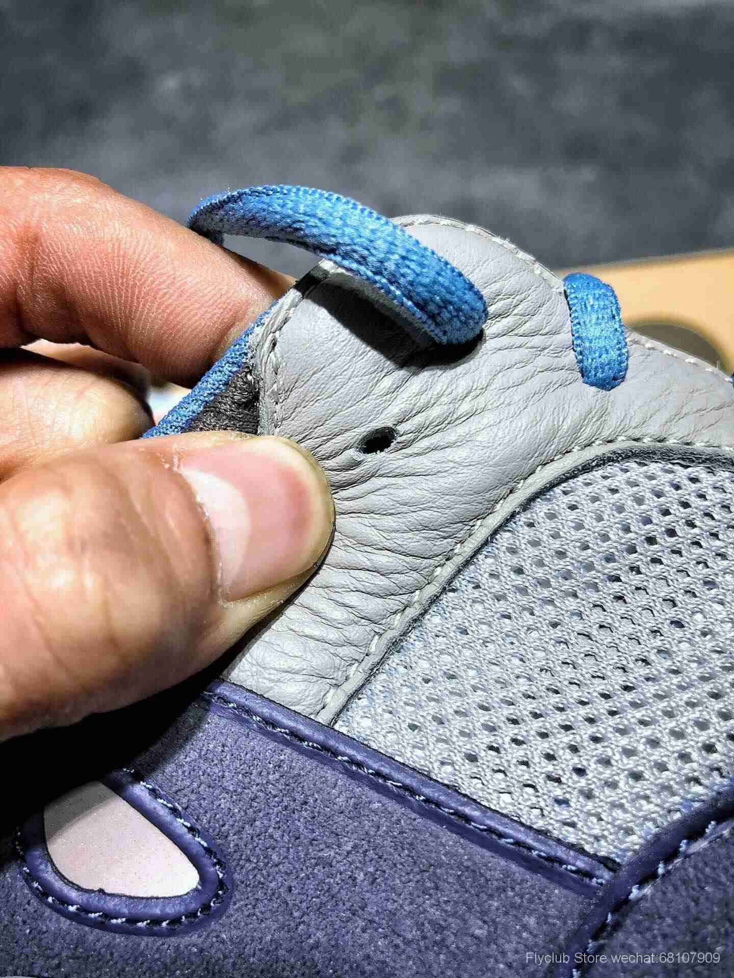 """外贸纯原Adidas Yeezy 700  """"Carbon Blue"""" 碳蓝."""